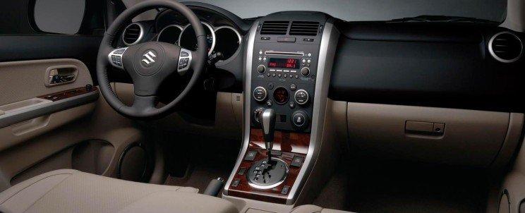 установка автозвука Suzuki Grand Vitara